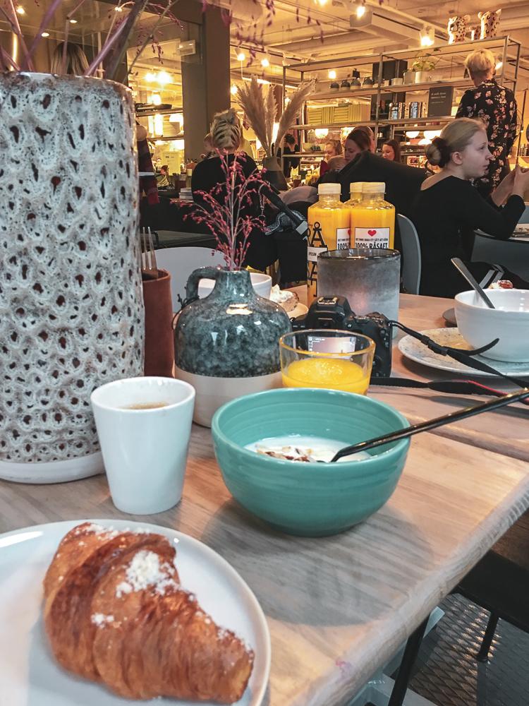 frukostevent på vallgatan 12