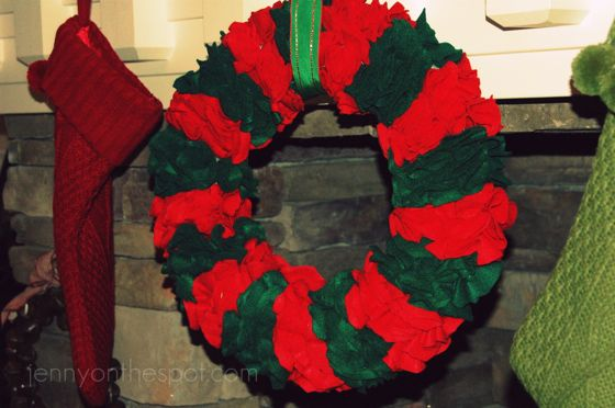 felt wreath made of circle