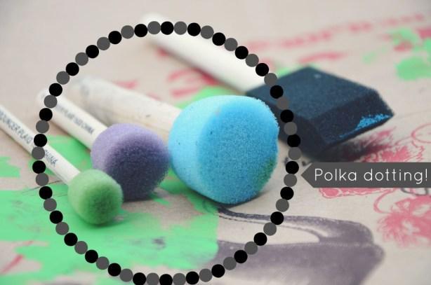 Round sponges for polka dot making via @jennyonthespot   jennyonthespot.com
