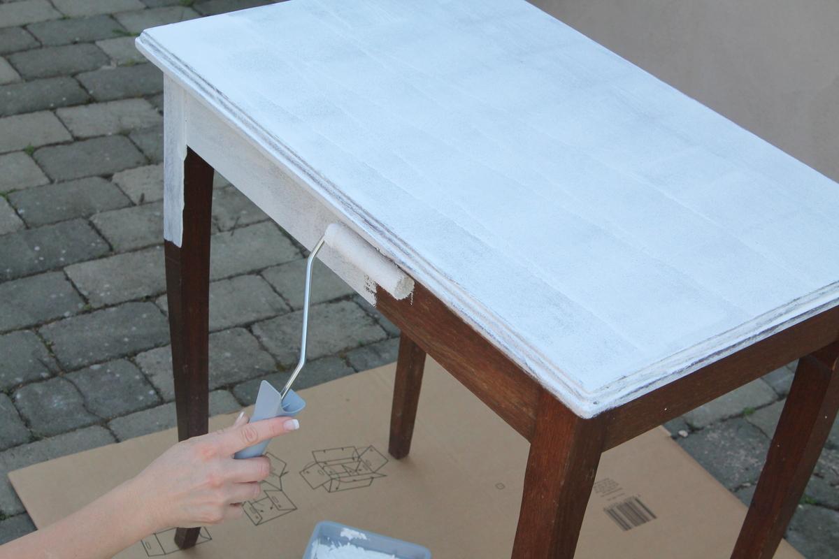 Hur målar man om sina möbler