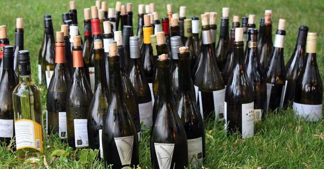 wijnflessen wijnproeverij