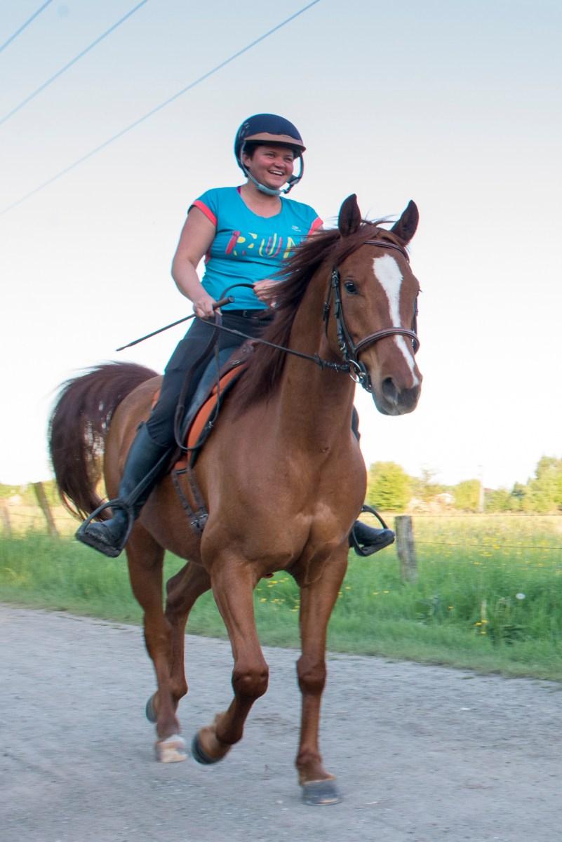 http://www.jentrainemoncheval.com - Mon cheval en ballade