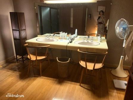 Public male onsen dresser in Isaribi Ryokan