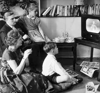 1950s Watching TV