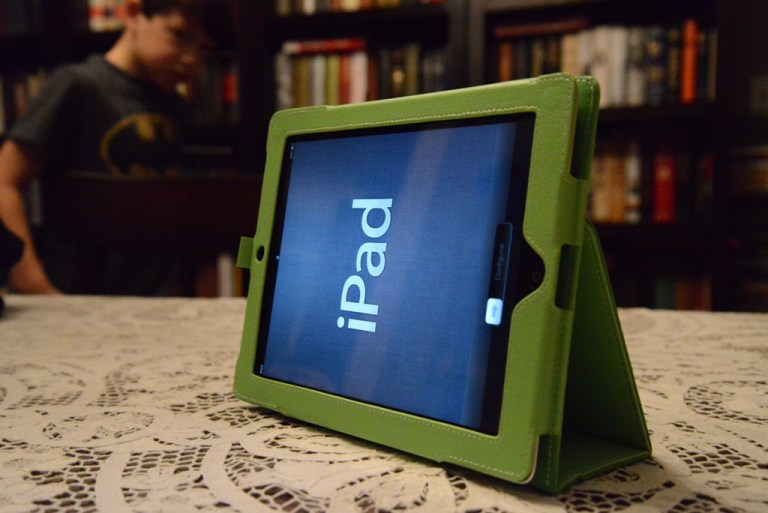 ipad case stand