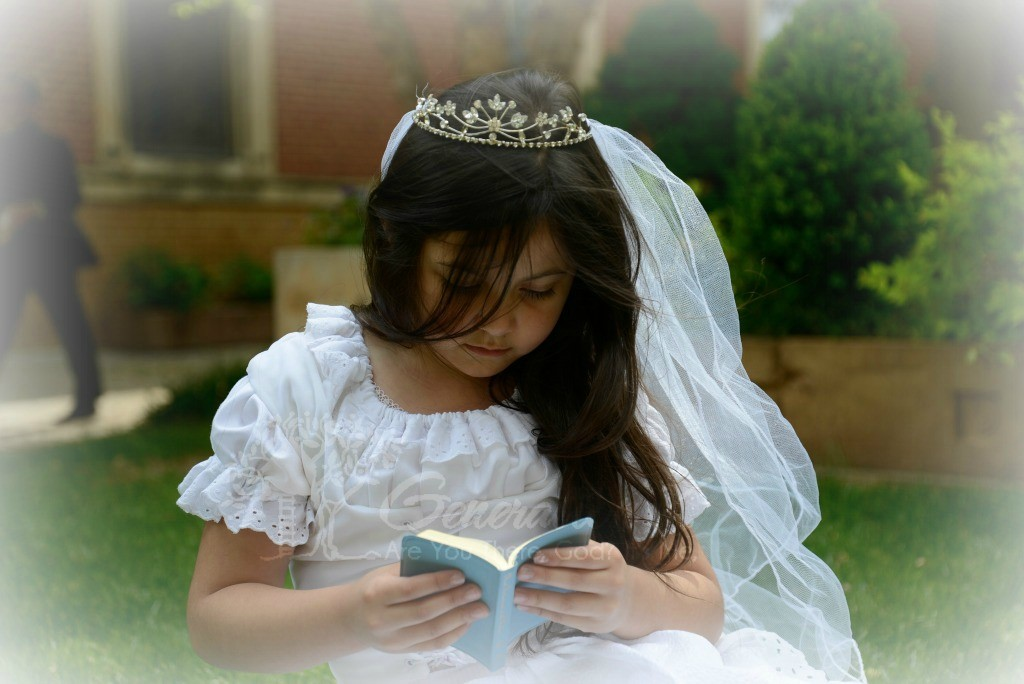 Child Reading Bible2