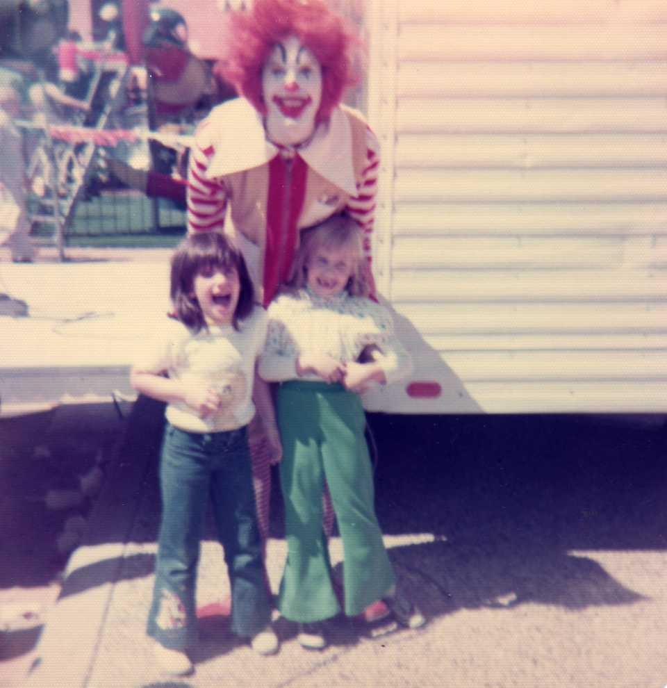 Ronald McDonald entertains two Gen-X girls, 1977