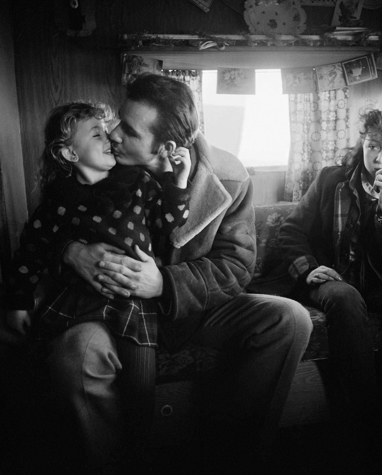 Kiss, New Year's Day, Seacoal Camp, Lynemouth, Northumberland, 1984. © Chris Killip (J. Paul Getty Museum)