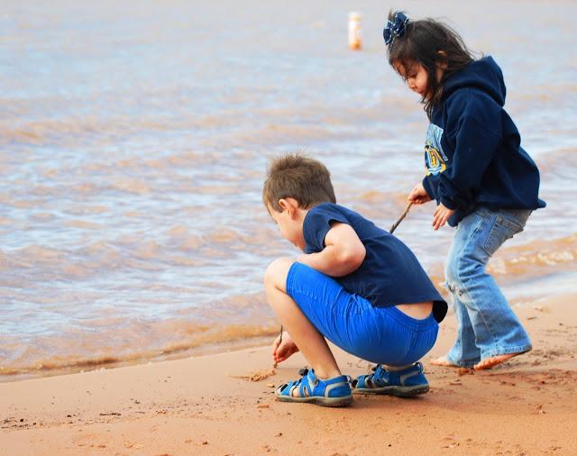 Children playing at Lake Thunderbird