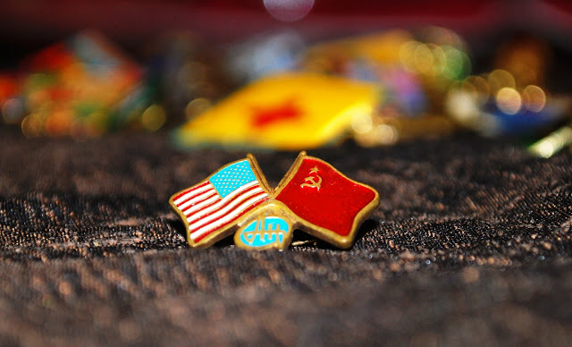 Flag Pin of the U.S. and U.S.S.R. flags