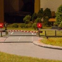 Märklin Bahnübergang mit LED-Blinklichtern