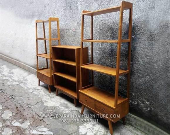 Rak buku minimalis kayu jati untuk ruang kamar anak semakin nyaman