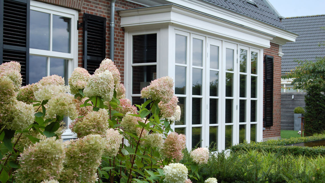 05_tuinontwerp_klassieke-tuin_tuinarchitectuur_stadstuin_moderne-tuin_waterelement