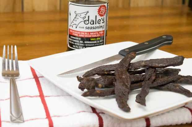 Dale's Steak Marinade Beef Jerky is salty and savory! A hard to beat jerky flavor straight from a bottle! | Jerkyholic.com
