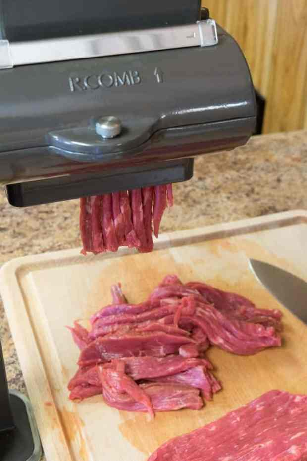 how to make beef jerky in the oven jerkyholic. Black Bedroom Furniture Sets. Home Design Ideas