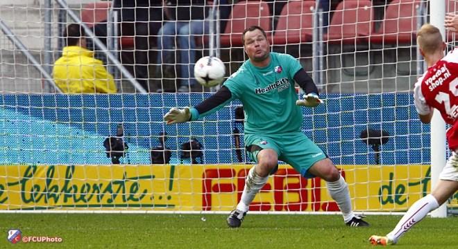 Jeroen Verhoeven: 'Na rode kaart erg lastig' FC Utrecht - PSV