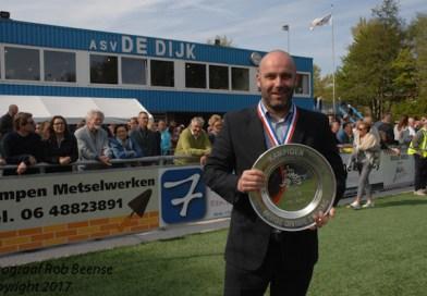 Jeroen Verhoeven werkt bij ASV De Dijk prima samen met Jochem Twisker