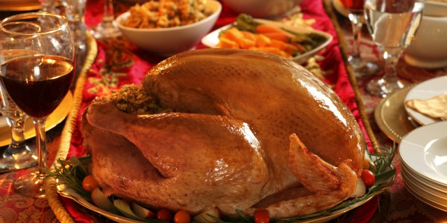 o-THANKSGIVING-DINNER-facebook