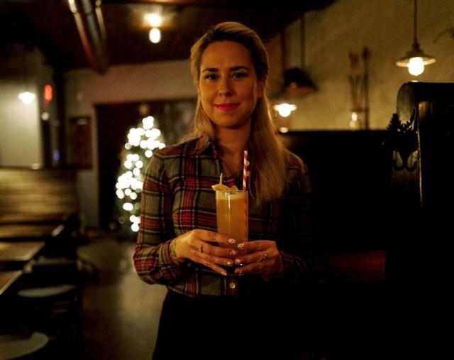 the_archer_bar_bartender_jersey_city_cocktail_by_adam_robb