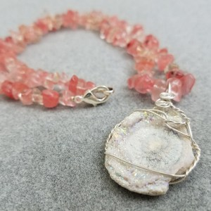 pink-white-crystal-necklace-main