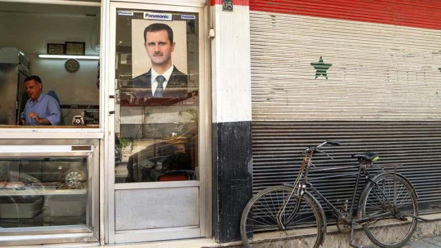 .jpg?resize=859%2C484&ssl=1 - توقعات بانهيارات مفاجئة في مناطق سيطرة النظام في سوريا