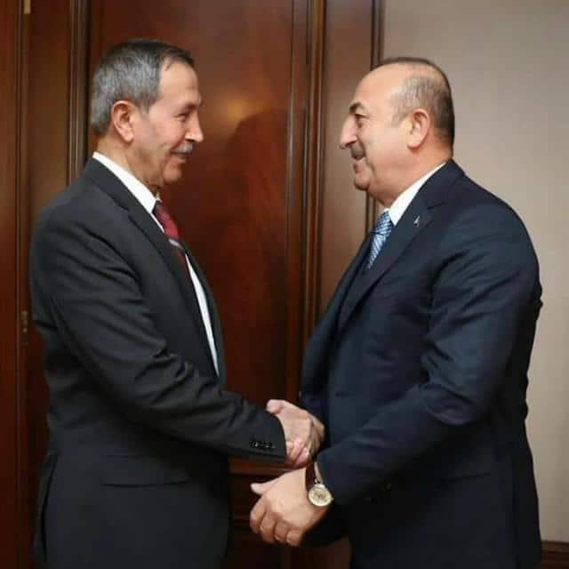 قبلان مع وزير الخارجية التركي