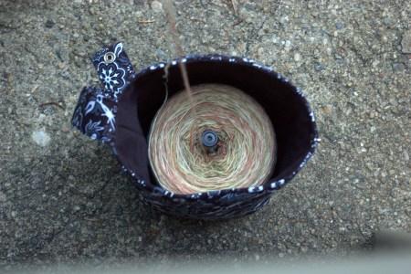 Bucket Bag: In Plying Mode