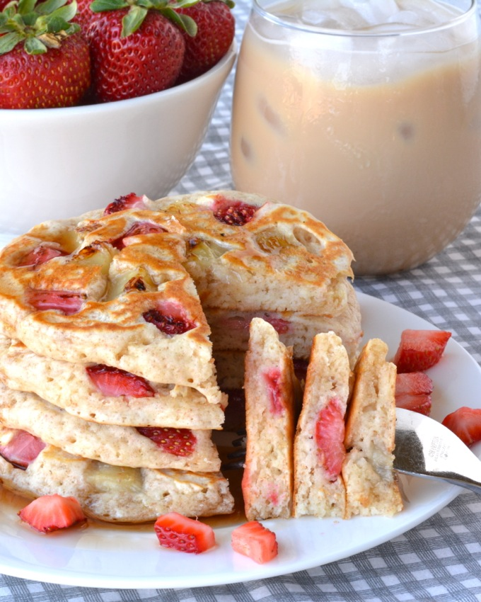 Strawberry Banana Pancakes with Folgers Iced Cafe #MyIcedCafe