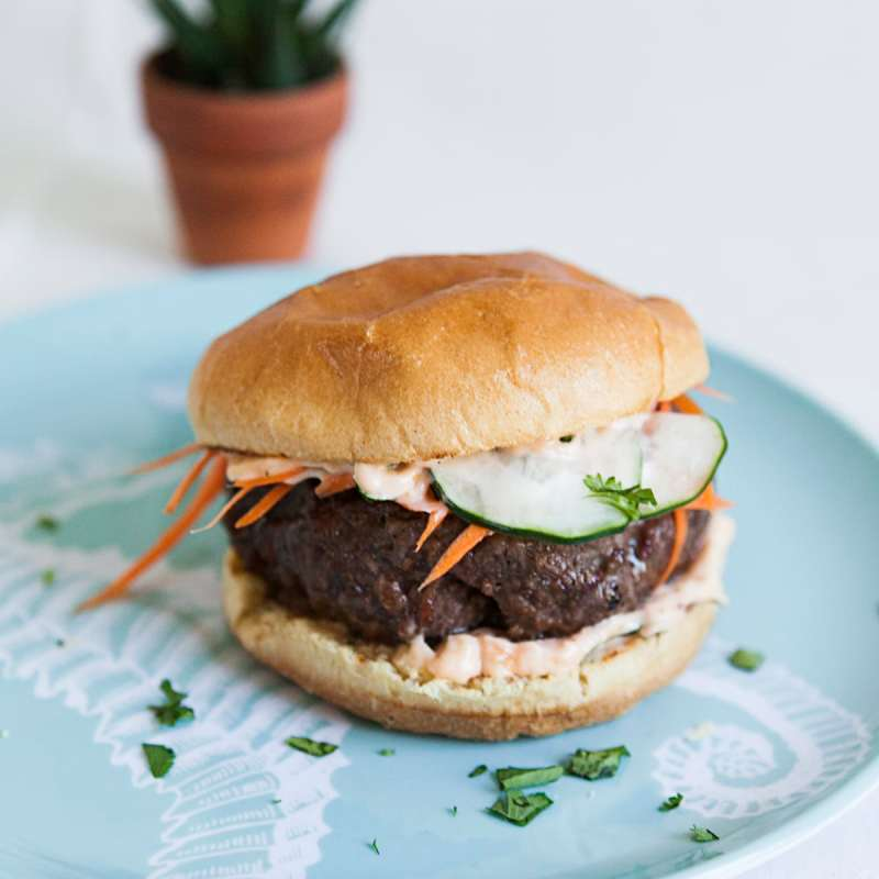 Banh Mi Burgers - Jessica Brigham Blog - Magazine Ready For Life For Less