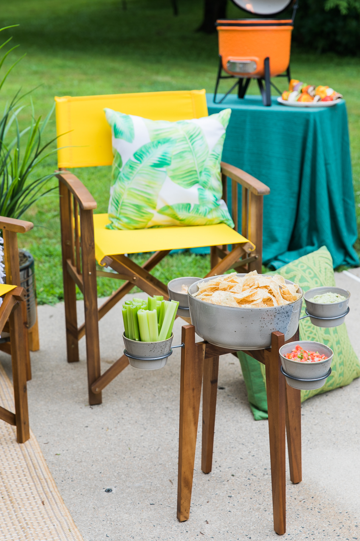 Colorful Summer Pool Party Ideas | Outdoor Entertaining | Bed, Bath & Beyond | Jessica Brigham | Magazine Ready for Life