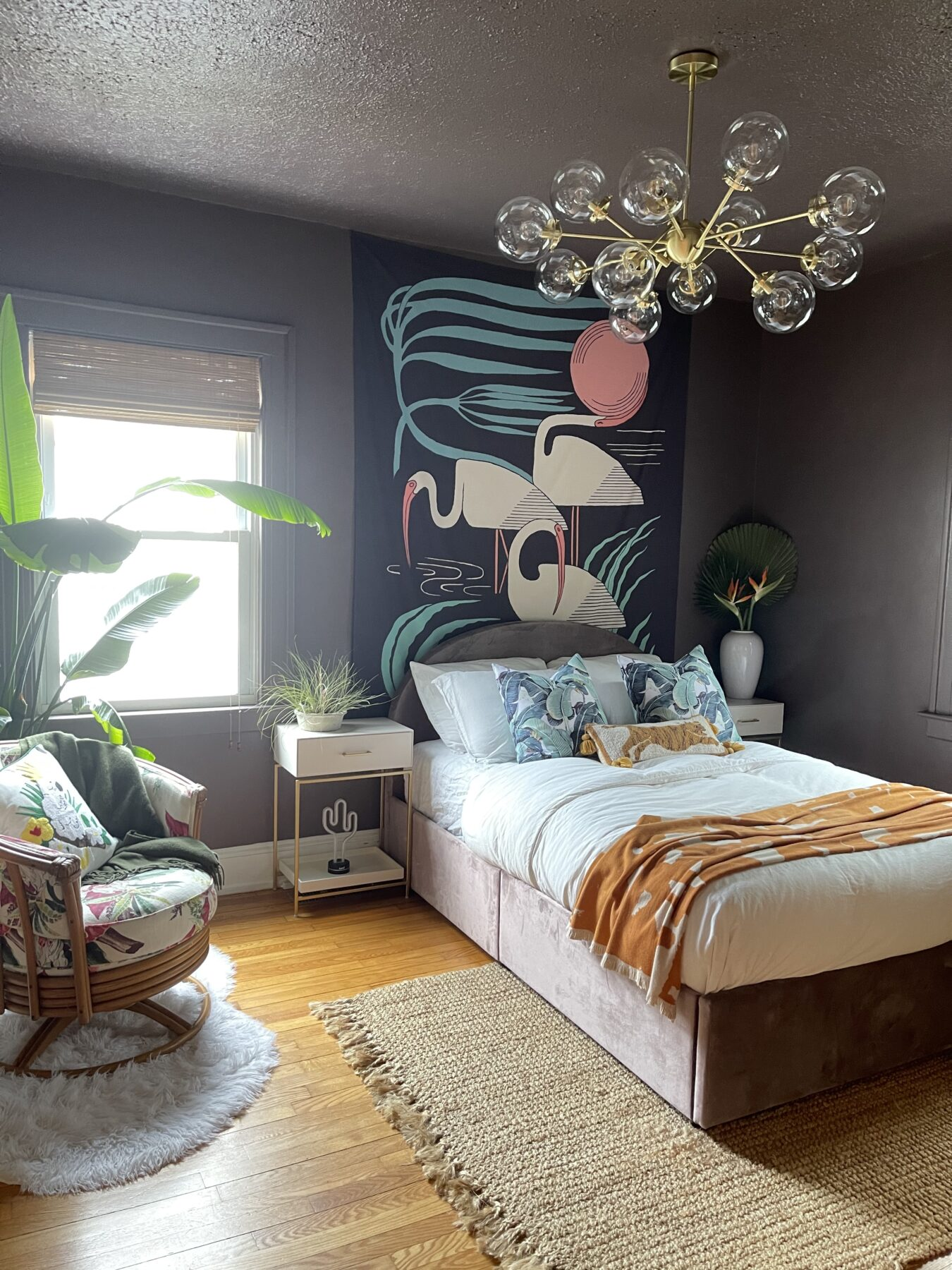 Guest Room Hospitality 101: 13 Must Haves for Every Guest Room | Guest Room Decor Ideas | JessicaBrigham.com