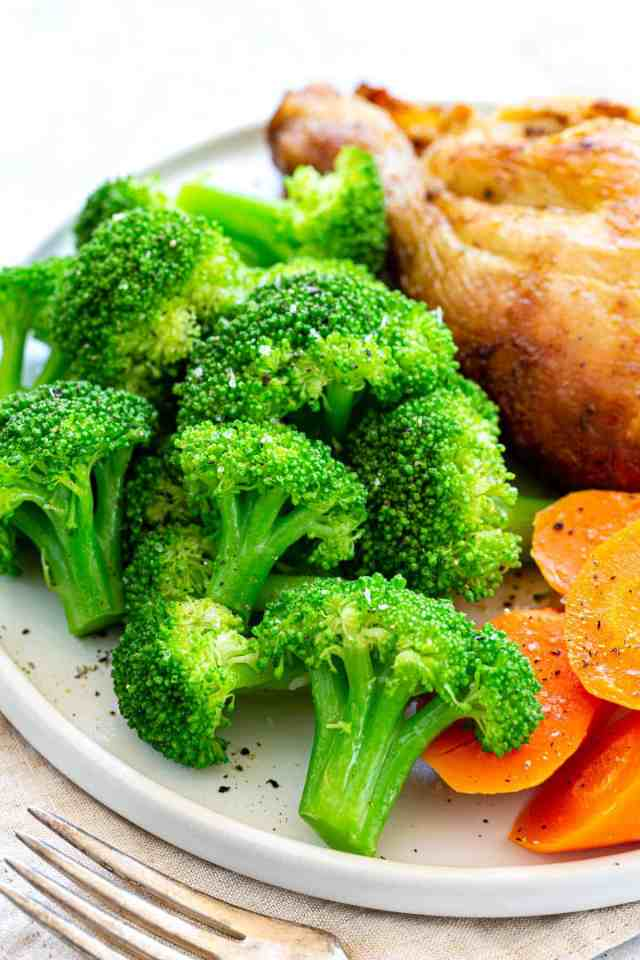 How to Cook Broccoli (21 Easy Methods) - Jessica Gavin