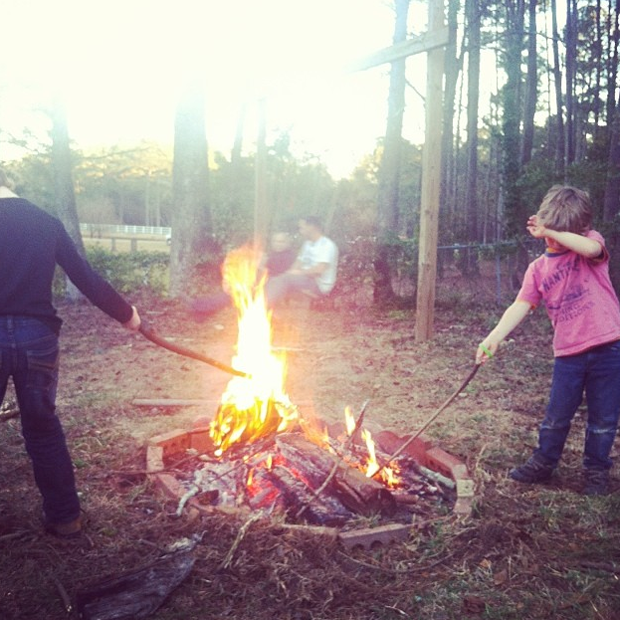 family-night-ideas-cook-supper-over-campfire1