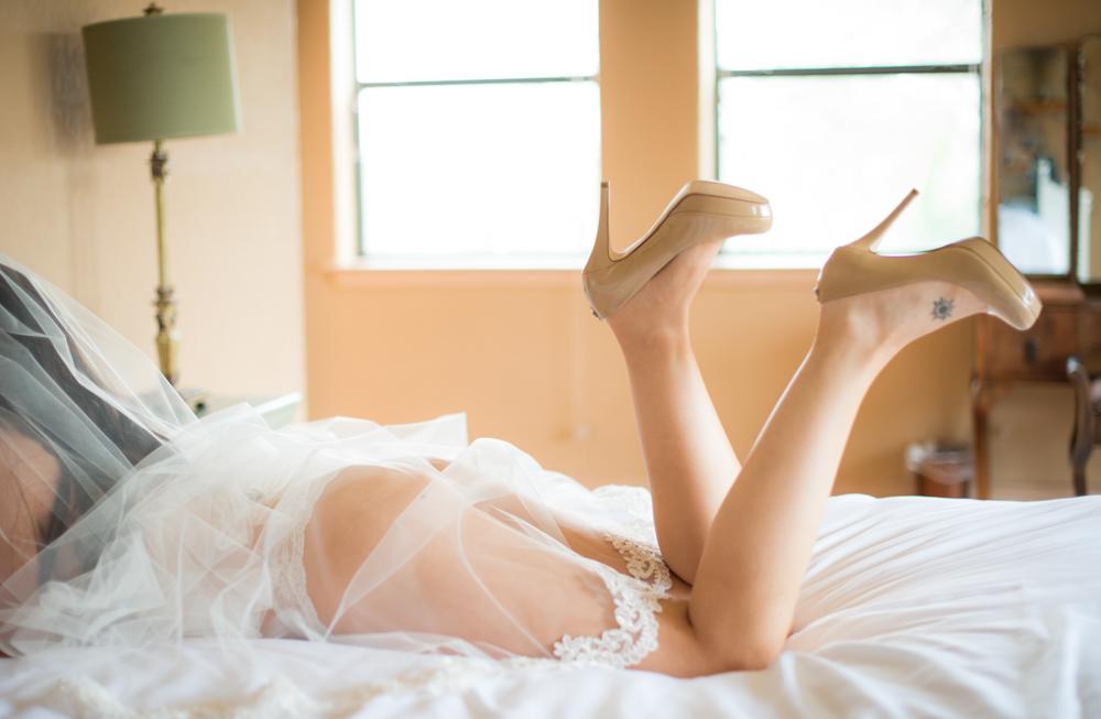 Bridal Boudoir, Classy Boudoir Photography, Austin boudoir, austin boudoir photographer, glamour, portraiture, beauty, wedding gift, grooms gift, texas boudoir photographer, bachelorette party