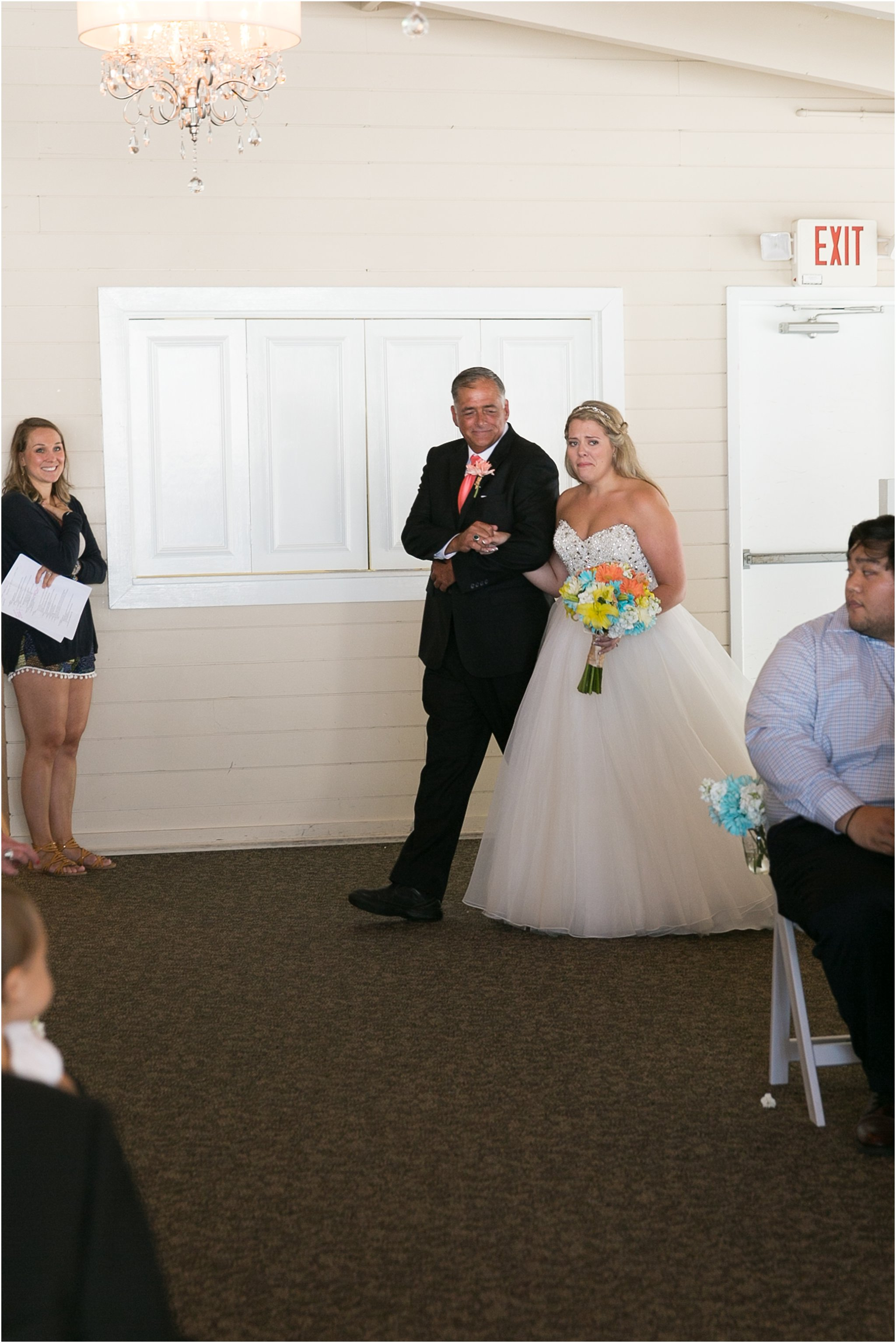 jessica_ryan_photography_virginia_beach_water_tabe_wedding_vera_wang_wedding_dress_0678