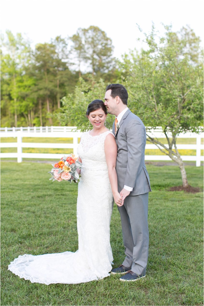 jessica_ryan_photography_holly_ridge_manor_wedding_roost_flowers_jamie_leigh_events_dhalia_edwards_candid_vibrant_wedding_colors_1316