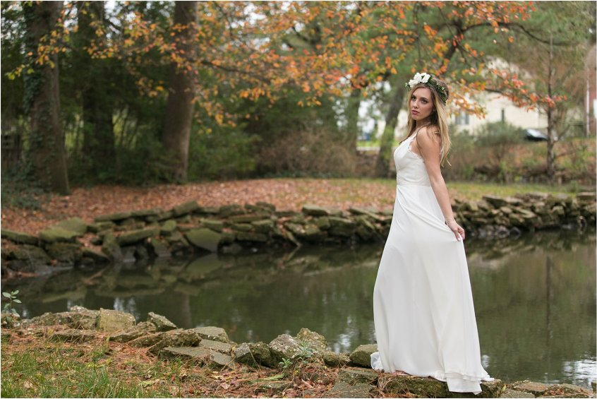 jessica_ryan_photography_womans_club_of_portsmouth_wedding_walk_through_a_wedding_bride_and_groom_0211