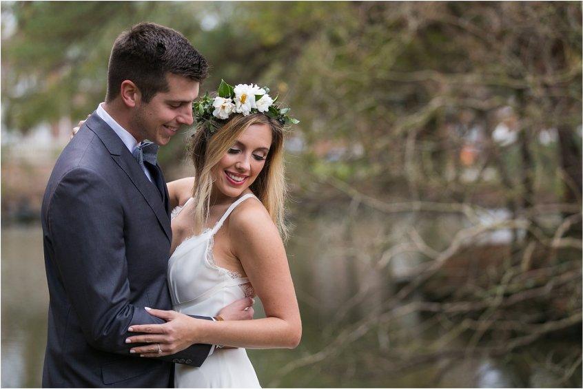 jessica_ryan_photography_womans_club_of_portsmouth_wedding_walk_through_a_wedding_bride_and_groom_0216