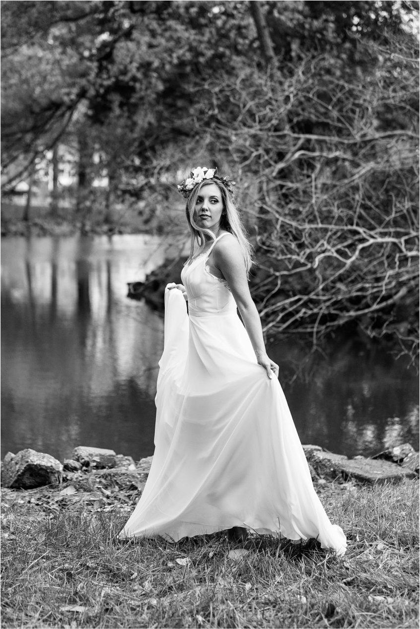 jessica_ryan_photography_womans_club_of_portsmouth_wedding_walk_through_a_wedding_bride_and_groom_0221