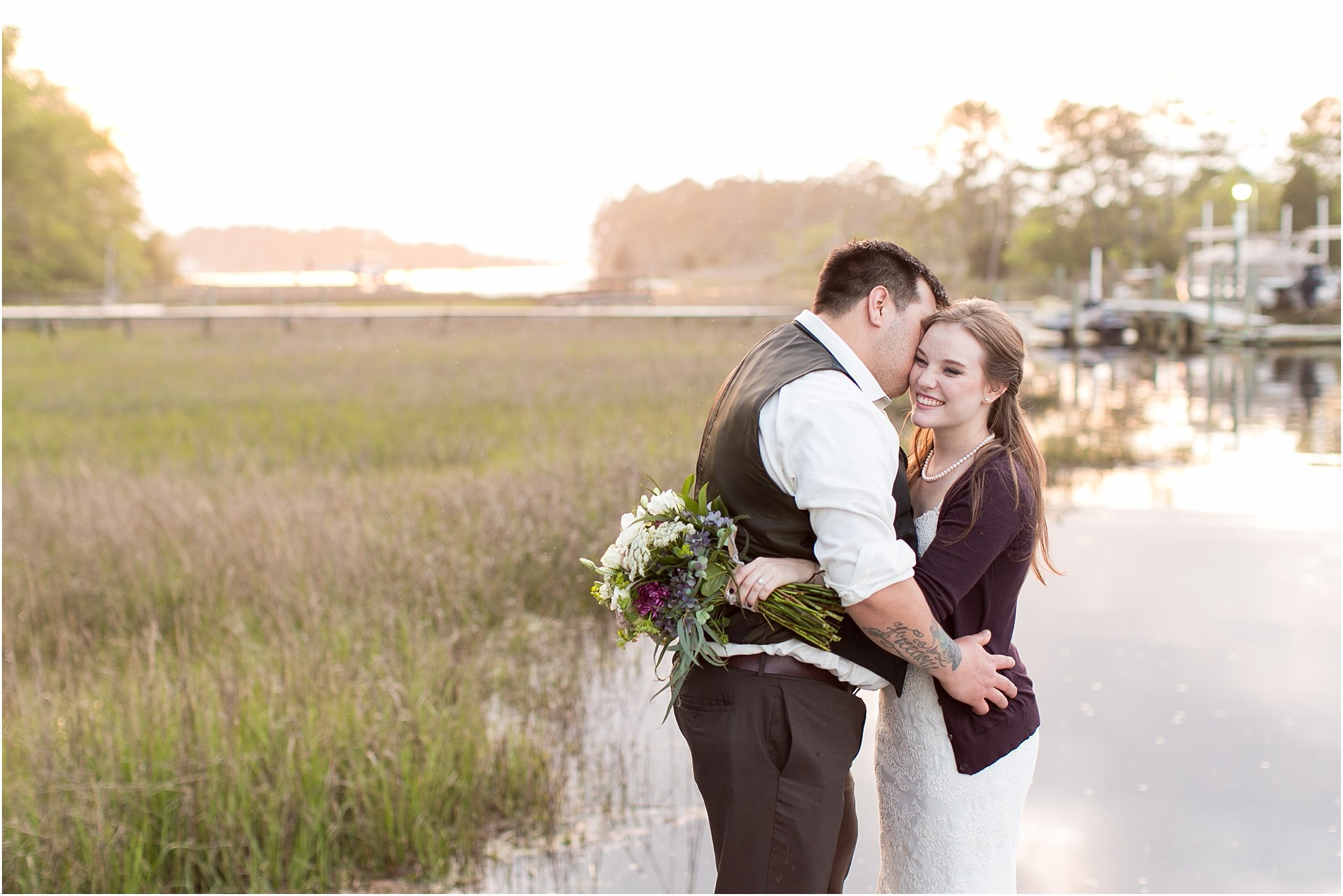 jessica_ryan_photography_virginia_virginiabeachwedding_bayislandvirginiabeach_backyardwedding_waterfrontwedding_intimatewedding_vintagewedding_1614