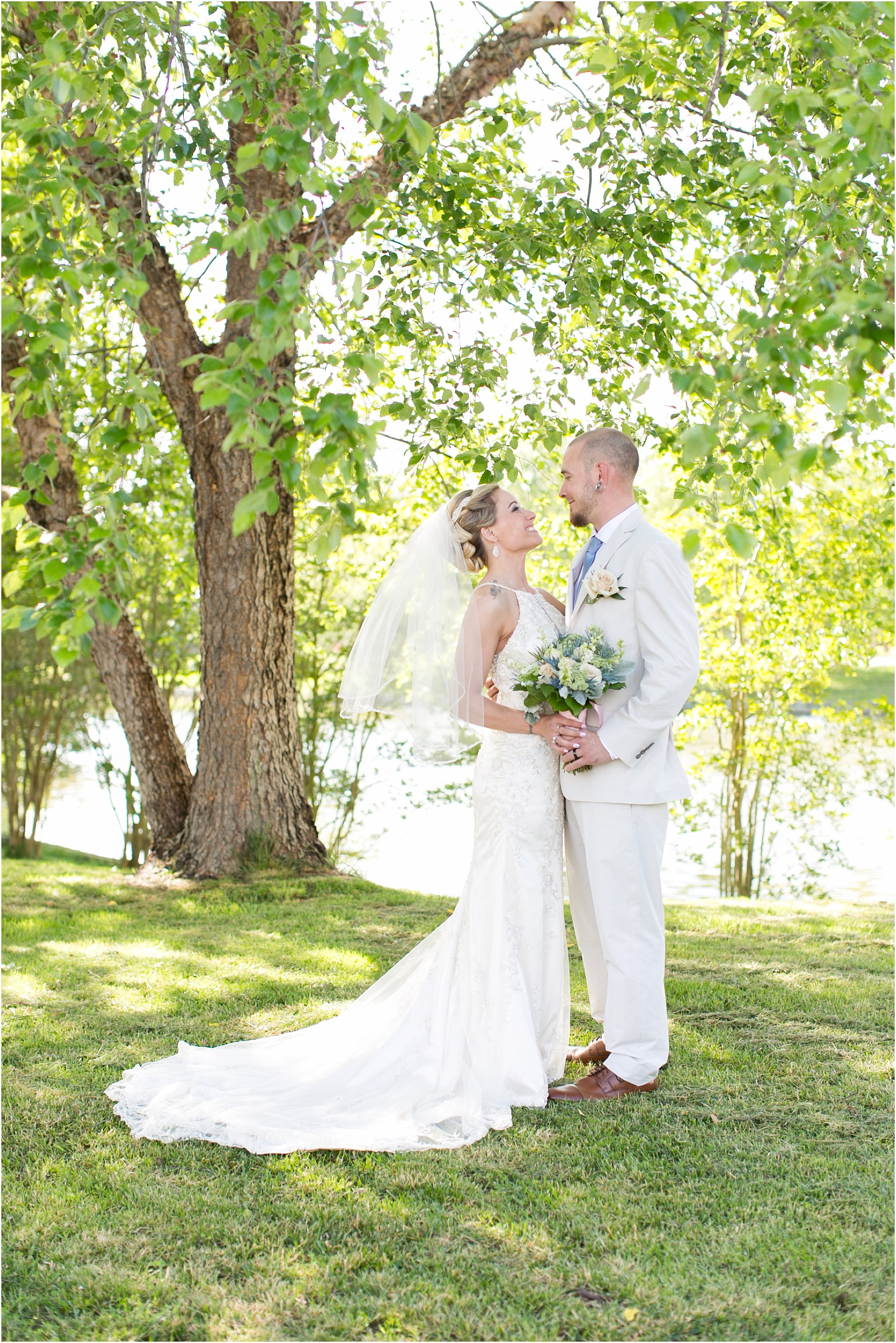 jessica_ryan_photography_virginia_virginiabeachweddingphotographer_studioIdo_backyardwedding_waterfrontwedding_1668