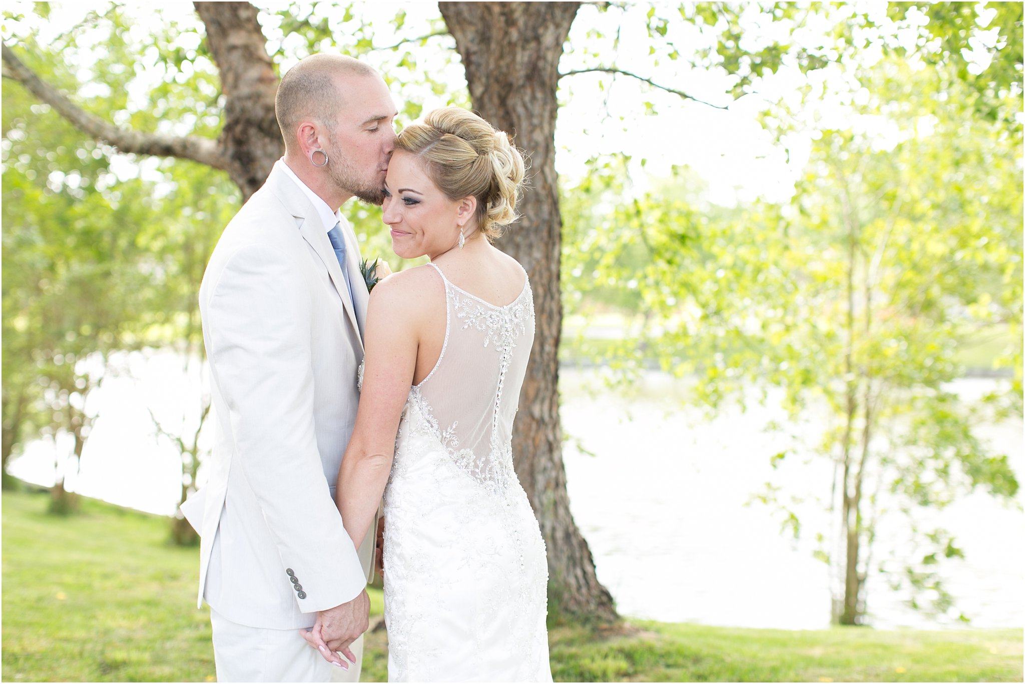 jessica_ryan_photography_virginia_virginiabeachweddingphotographer_studioIdo_backyardwedding_waterfrontwedding_1683