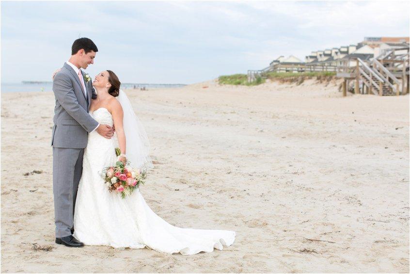 jessica_ryan_photography_wedding_photography_virginiabeach_virginia_candid_authentic_wedding_portraits_marina_shores_yacht_club_chesapeake_bay_1873