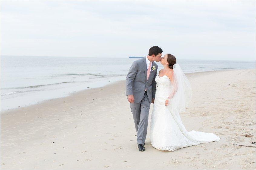 jessica_ryan_photography_wedding_photography_virginiabeach_virginia_candid_authentic_wedding_portraits_marina_shores_yacht_club_chesapeake_bay_1879