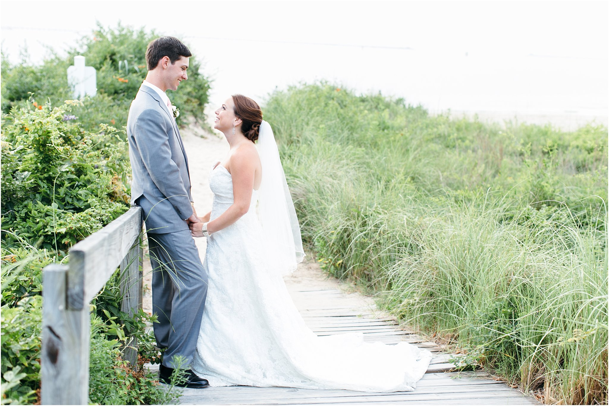 jessica_ryan_photography_wedding_photography_virginiabeach_virginia_candid_authentic_wedding_portraits_marina_shores_yacht_club_chesapeake_bay_1904