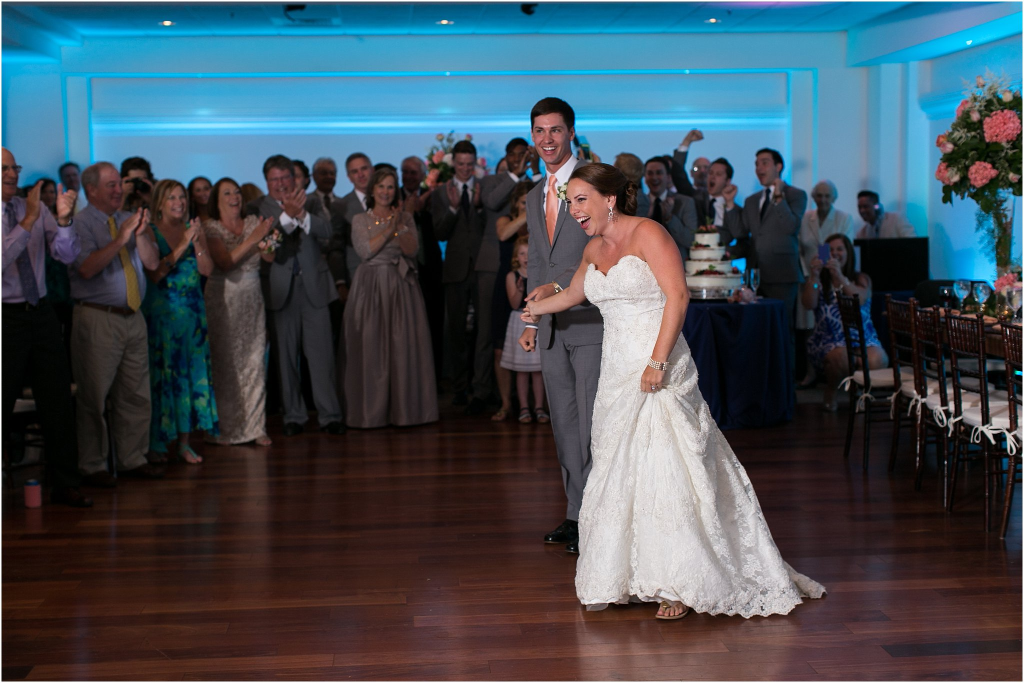 jessica_ryan_photography_wedding_photography_virginiabeach_virginia_candid_authentic_wedding_portraits_marina_shores_yacht_club_chesapeake_bay_1940