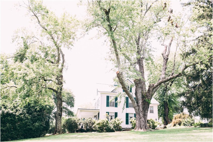 briar patch bed and breakfast wedding first look bride and groom house in the mountains