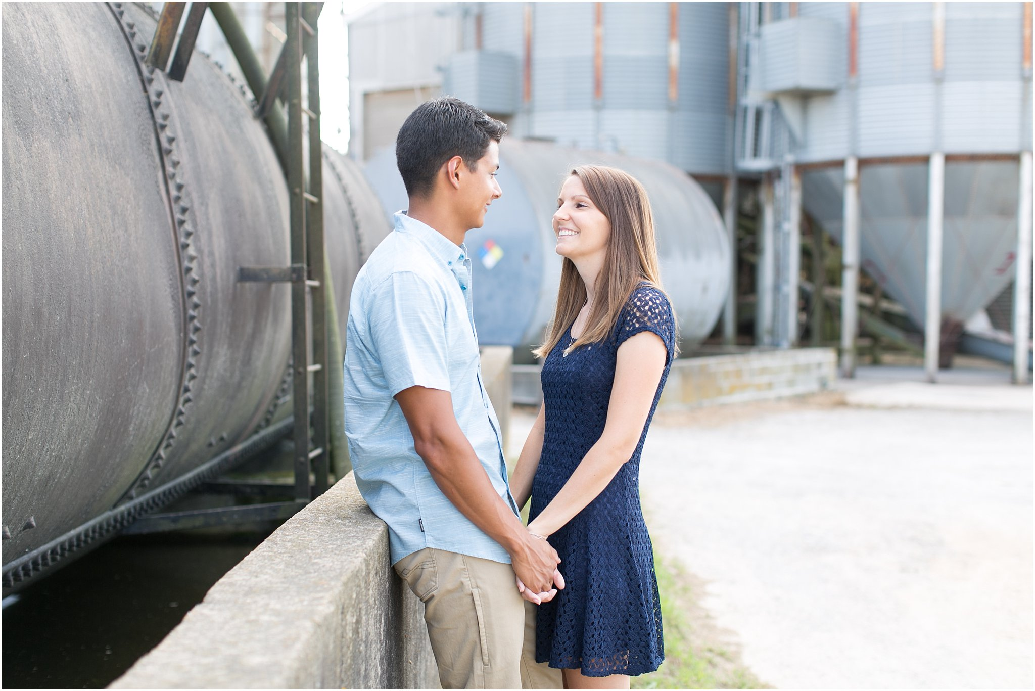 jessica_ryan_photography_virginia_virginia_beach_engagement_portraits_candid_authentic_engagements_pungo_country_farm_2741