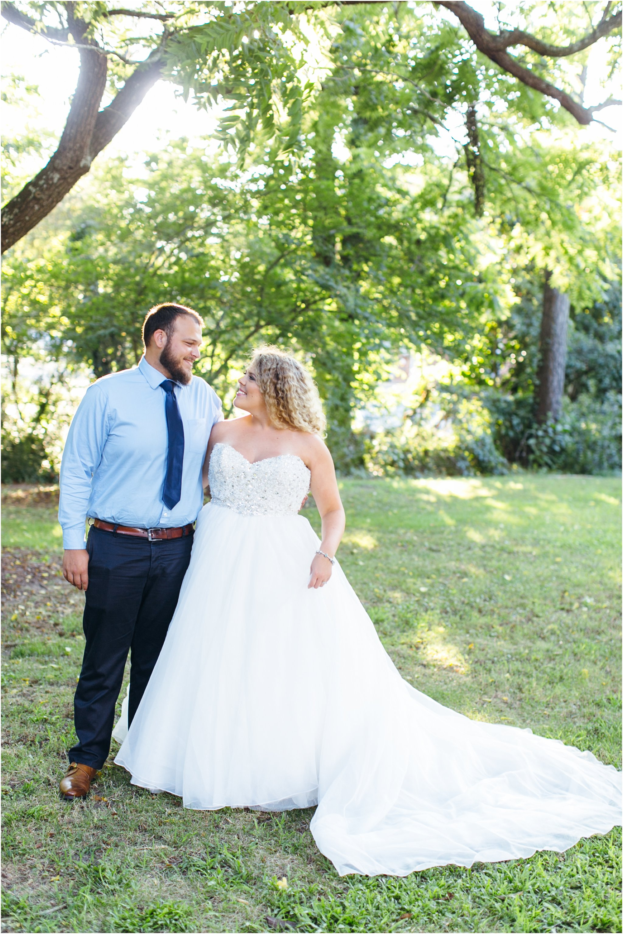 jessica_ryan_photography_virginia_virginia_beach_francis_land_house_portraits_anniversary_portraits_bride_and_groom_beloved_historical_home_wedding_2688
