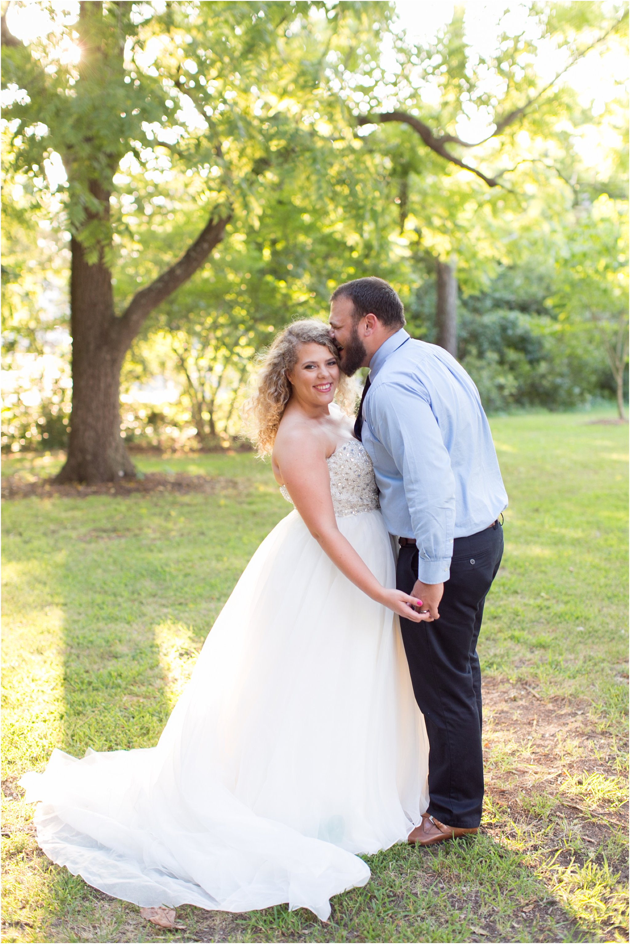 jessica_ryan_photography_virginia_virginia_beach_francis_land_house_portraits_anniversary_portraits_bride_and_groom_beloved_historical_home_wedding_2690